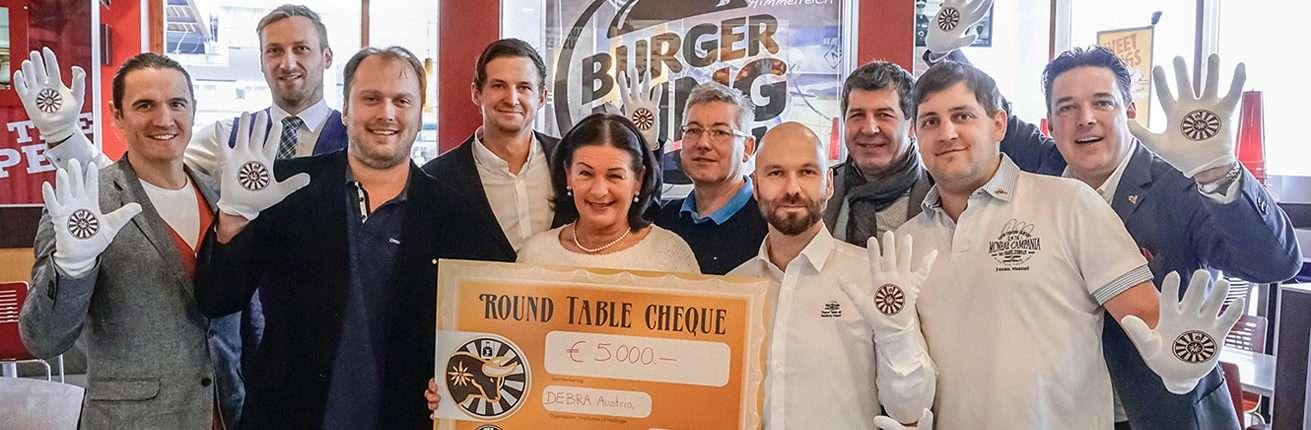 Erneute Großspende von Round Table und Burger King an Schmetterlingskinder